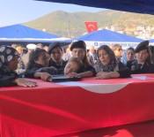 MÜNIR KARALOĞLU - Şehit Topçu Er, Alanya'da Toprağa Verildi