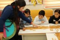 SİMURG Dil Evinde Çocuklar Yabancı Öğretmenler İle İngilizce Öğreniyor