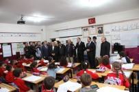 19 Okulda 3 Bin Öğrenciye 9 Bin Kışlık Kıyafet Dağıtıldı