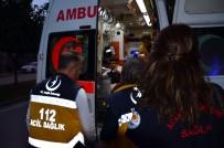Adana'da Parkta Bıçaklı Kavga Açıklaması 3 Yaralı