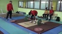 Atıl Bina Gençler İçin Spor Merkezi Oldu