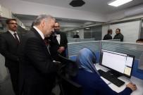 Başkan Çelik, 153 Kayseri İletişim Merkezi'ni Ziyaret Etti