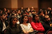 Başkan Yaşar Üniversiteli Gençlerle Buluştu