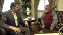 ÇEYREK ALTIN - Belediye Başkanı Eroğlu, Bulduğu Altınları Polise Veren Hurdacıyı Kabul Etti