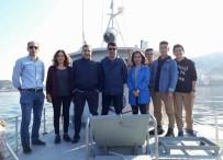 GRÜ Uygulama Gemisi Liselilerle Demir Aldı