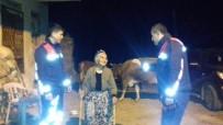 İneklerini Kaybeden Fatma Ninenin Yardımına Jandarma Koştu
