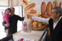 KATKI MADDESİ - Kocaeli'de 1 Liraya Satılan Ekmeğe Vatandaşlardan Büyük İlgi