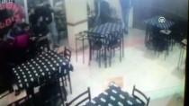 YUNUS EMRE - Kocaeli'de Silahlı Kavga Açıklaması 2 Yaralı