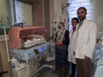 (Özel) Yeni Doğan Bebeğe 'Doğumsal Orta Hat Kapanma Defekti' Ameliyatı