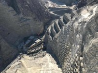 Türkiye'nin En Yüksek, Dünyanın İse Üçüncü Yüksek Barajının İnşaatı Sürüyor