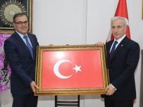 SÜLEYMAN KAMÇI - Vali Kamçı'dan Hacılar'a Veda Ziyareti
