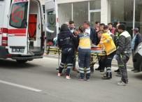 AZERI - Asansör Boşluğuna Düşen Azeri İşçi Yaralandı