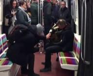 PARIS - Çaldığı Keçiyle Metroya Bindi