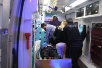 SERVİS ARACI - Direksiyon Başında Kalp Krizi Geçiren Sürücü Yaptığı Kazada Öldü