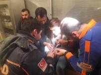 Genç Kızın Parmağına Sıkışan Yüzük, AFAD Ekipleri Tarafından Çıkarıldı