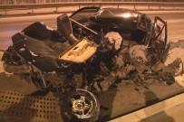 EGE ÜNIVERSITESI - Kontrolden Çıkan Araç Beton Bariyerlere Çarptı Açıklaması 1 Ağır Yaralı