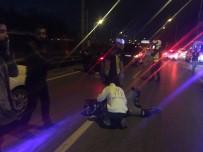 MOTOSİKLET SÜRÜCÜSÜ - Motosiklet Sürücüsü Yaralandı, Trafik Kilitlendi