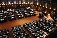 YÜKSEK MAHKEME - Sri Lanka'da Yeni Başbakan Güvenoyu Alamadı, Ülke Siyasi Krizde