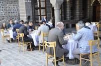 SANAT ESERİ - Unutulmaya Yüz Tutmuş Yemekler Gün Yüzüne Çıkıyor