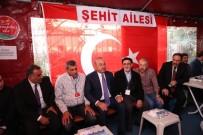 ÇAVUŞOĞLU - Bakan Çavuşoğlu, Şehit Evinde