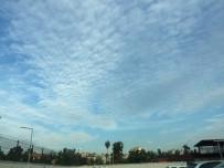 Bulutlar Kartpostallık Görüntüler Oluşturdu