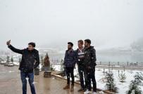 MUNZUR - Ergan Dağı Kış Manzaralarıyla İlgi Odağı Oldu