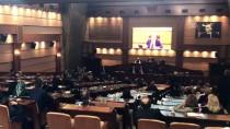PROTESTO - İBB Meclisi'nde Gerginlik