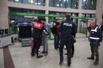 EMNIYET GENEL MÜDÜRLÜĞÜ - Kocaeli'de Aranan 15 Şahıs Uygulamada Yakalandı