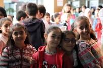 BİLGİ EVLERİ - Mardinli 14 Bin 118 Öğrenciler Sinemayla Buluştu