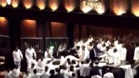 YÜKSEK MAHKEME - Sri Lanka Parlamentosunda Yumruklu Kavga