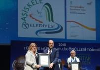 TÜRKIYE KALITE DERNEĞI - Türkiye Kalite Kongresi'nde Başiskele Belediyesine Ödül