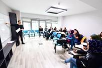 BEYOĞLU BELEDIYESI - Akademi Beyoğlu'nda Sekiz Branşta Yabancı Dil Eğitimi