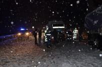 YARPUZ - Antalya-Konya Karayolunda Ulaşım Güçlükle Sağlanıyor