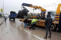 METRO İSTASYONU - Bursa'da Feci Tır Kazası Açıklaması 1 Yaralı