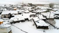 HAVA SICAKLIĞI - Doğu'da Köyler Kar Altında