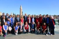 CUMHURİYET MEYDANI - Efsane Futbolcular Tophane'de Buluştu
