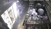 HIRSIZLIK BÜRO AMİRLİĞİ - Güvenlik Kamerasının Açısını Değiştirip Bakkaldan Hırsızlık Yaptılar