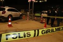 Hastane Otoparkında Silahlı Kavga Açıklaması Baba İle Oğlu Öldü