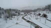 Hobbit Köyü Kar Altında