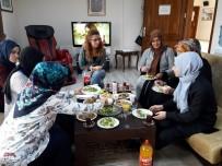 İzmitli Kadınlar, Mahalle Gününde Bir Araya Geliyor