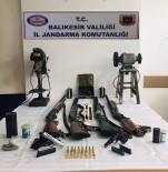 Jandarmadan Silah Ve Mühimmat Operasyonu
