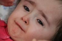 Minik Azra'nın Yaşama Tutunması İçin 16 Bin Lira Gerekiyor