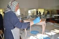 SAKEM'de Eskiyen Mobilyalar Sanata Dönüştürülüyor