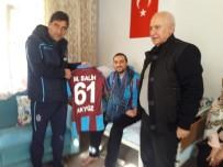Trabzonspor'dan Gazi Uzman Çavuş Akyüz'e Ziyaret