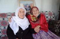 SEMPATIK - Üçüz Ninelerin Hacer'i Trafik Kazası Geçirdi