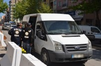 Uşak'ta Yakalanan 63 Şahıstan 22'Si Tutuklandı