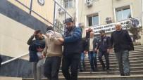 PAZAR GÜNÜ - Nakil Aracındaki 1 Milyon Lirayı Bırakıp Silahları Alıp Kaçtılar