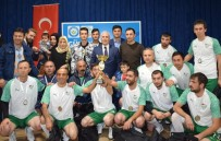 BELEDİYE BAŞKAN YARDIMCISI - Nilüfer Belediyesi Çalışanları Futbol Turnuvasında Ter Döktü