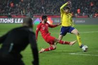 MEHMET ZEKI ÇELIK - UEFA Uluslar Ligi Açıklaması Türkiye Açıklaması 0 - İsveç Açıklaması 0 (İlk Yarı)