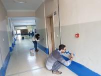 TOPLANTI - Beytüşşebap'ta Görev Yapan Öğretmenler Okulları Boyadı